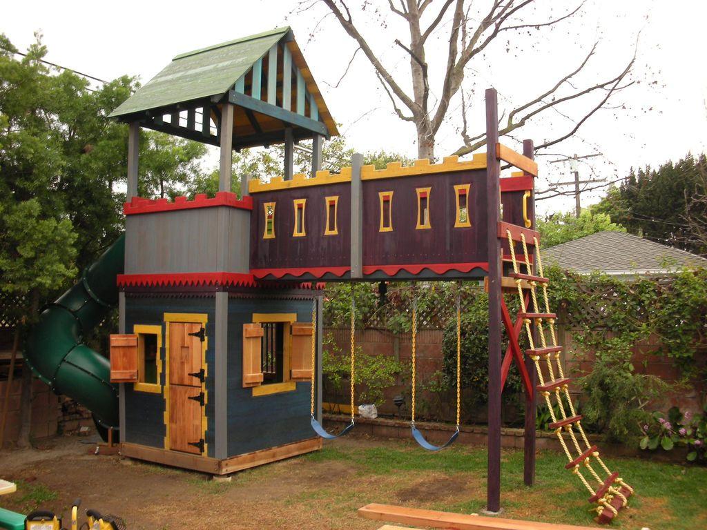 Как построить детский домик на даче своими руками фото 437