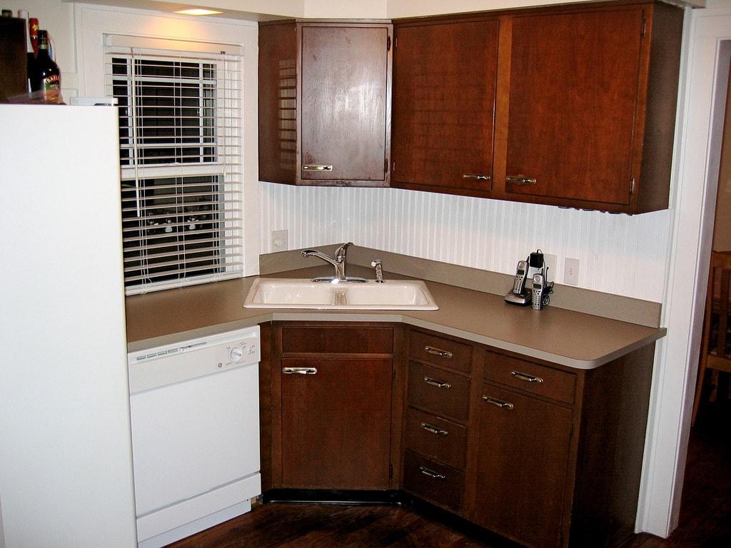 маленькая кухня в квартире фото
