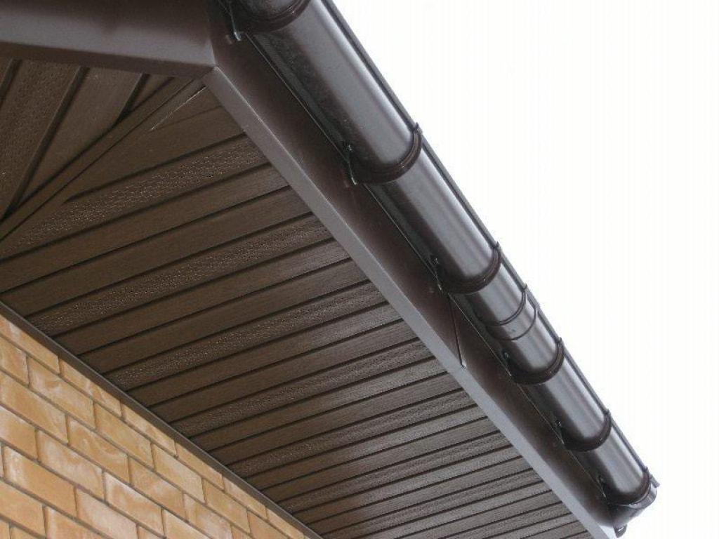 подшив крыши софитами фото