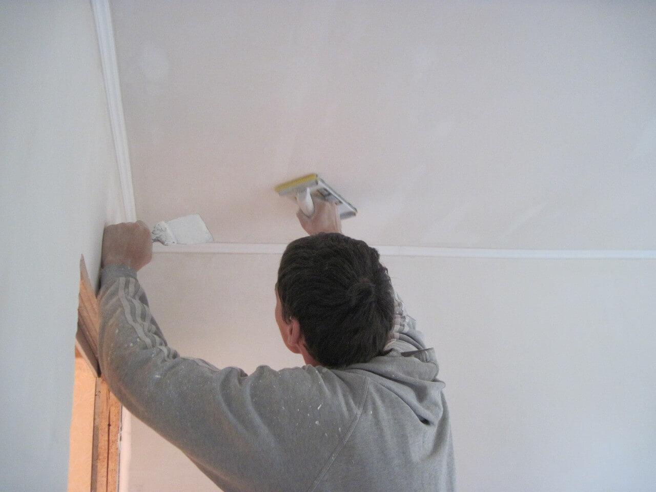 годах покраска потолка отвалилась шпаклевка дюйме